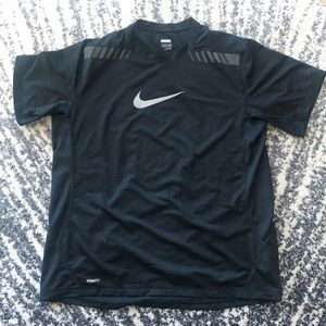 Nike Fit Top Size XL NWOT